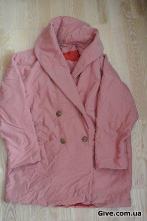 Пальто розовое M-L
