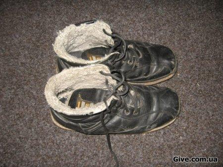 Отдам обувь 38 размера