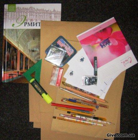 Канцтовары, книга, конверты и всякая мелочь